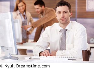 Young_business_man_dreamstime_l_19193995